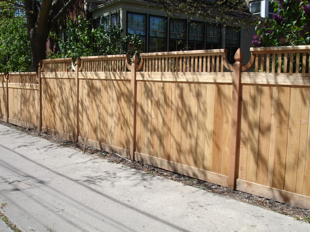 Traditional With Spindles Family Fences
