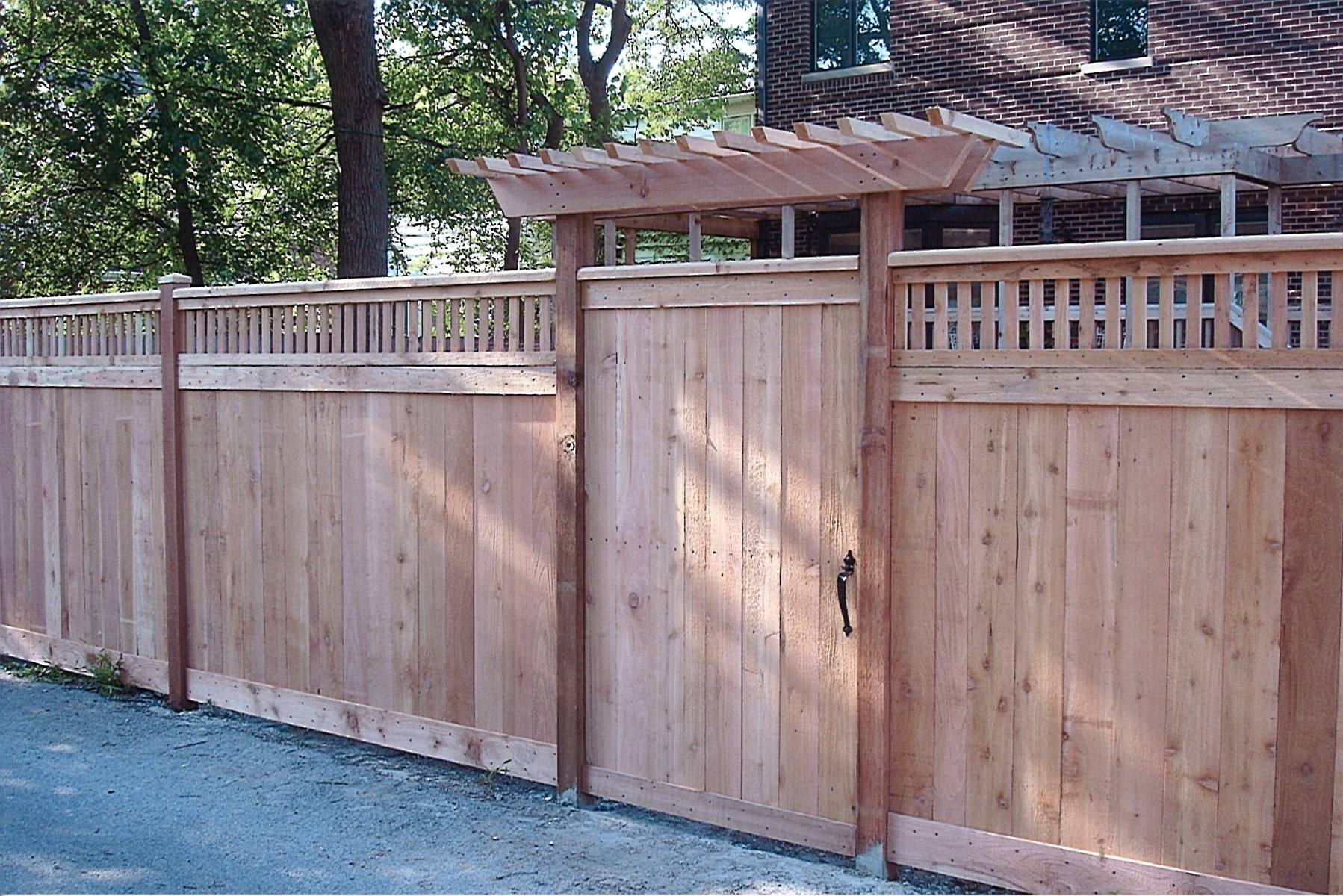 Backyard Fences- Family Fences Glenview IL